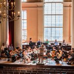 Baroque music is usually heard in a room seating about 400 and having resonant surfaces. This results in a more intimate, inward-looking style of that period, which is fundamental to the authentic performance and spirit of its music. #tweetoftheweek #baroquemusic