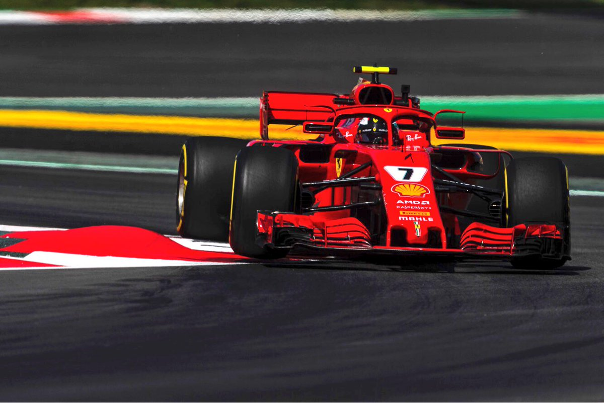Spanyol Nagydíj: Hamiltoné a pole, Kimi csak negyedik