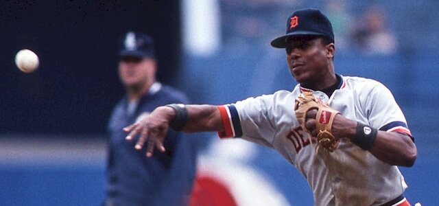 Former Detroit @Tigers great Lou Whitaker turns 61 today. He deserves to be in @MLB Hall of Fame along with Trammell and Morris.