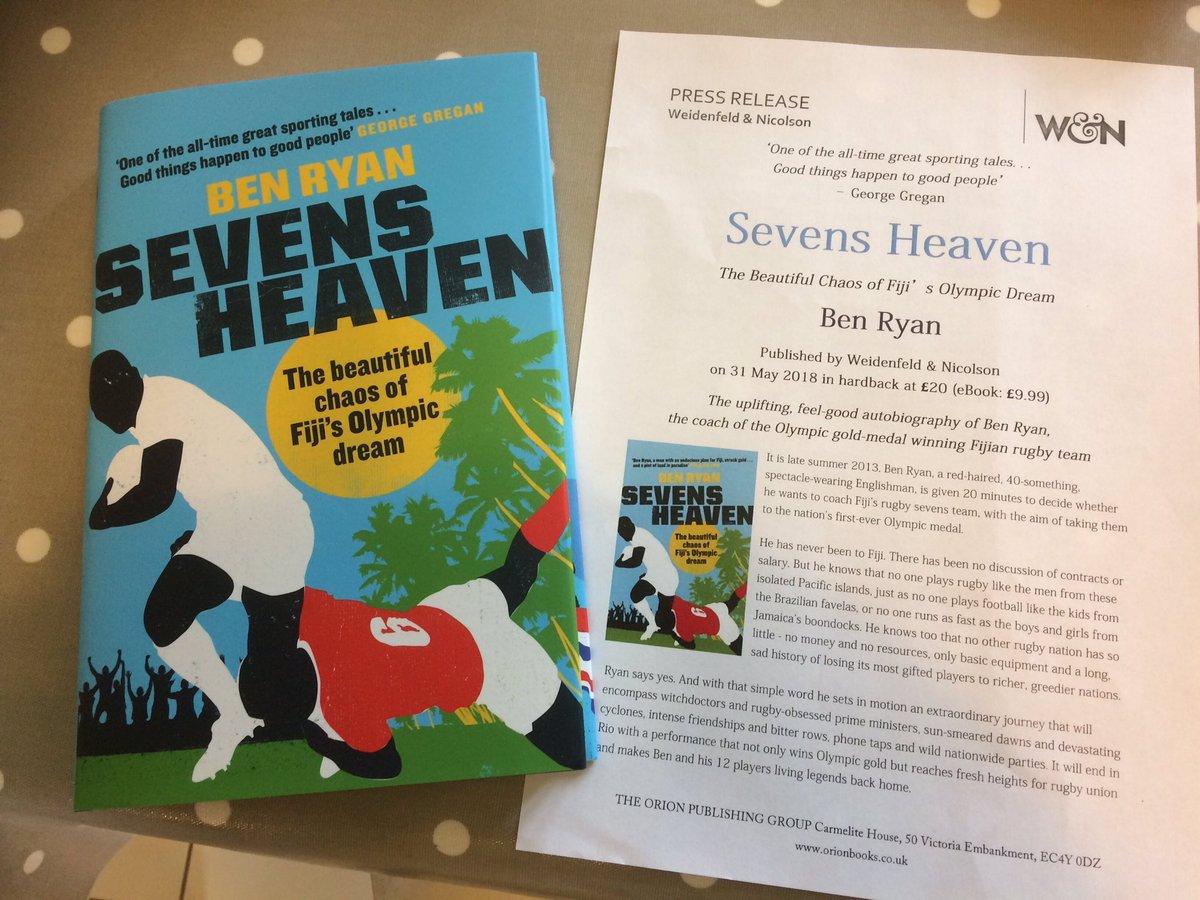 Can't wait to get stuck into this. Vinaka Ratu @benjaminryan for the advance copy #SevensHeaven