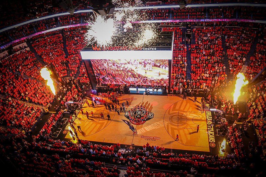 Top 50 fan photos from the #Pelicans postseason! https://t.co/aOiCJl9Wiw  #doitBIG https://t.co/DvaRRFyYCp