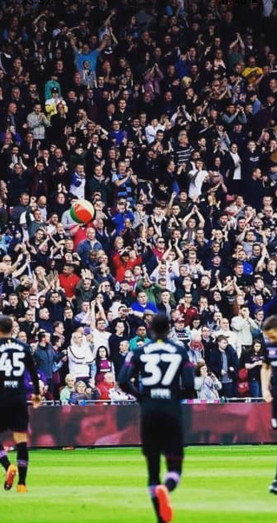 The travelling Holte. The best of the best.  Tuesday, make the foundations of the old place move.   #VTID https://t.co/aajGSs4paU