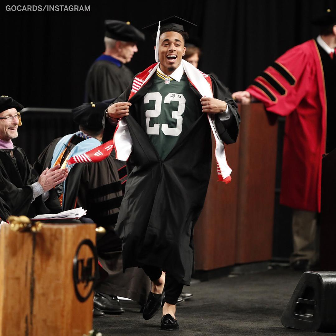 Packers' 1st-rounder @JaireAlexander graduated while rocking his new jersey underneath his gown 😎