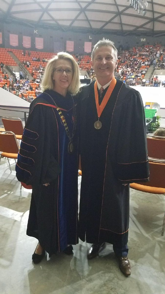 I was tremendously honored to be invited to speak at commencement for my alma mater, @SamHoustonState!  #txlege