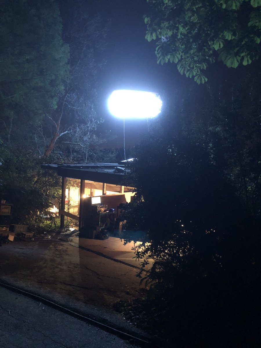 A wonderful evening to shoot a commercial in Deerlake, Burnaby. Our 4.8KW #hmi #balloonlight provided more than enough light at 9000 Kelvin. We carry a wide variety of gel fabrics to successfully meet your lighting needs! #bcfilm #yvrshoots #innovativelighting #atomic2lighting