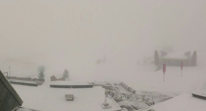 También ha nevado lo que se preveía en el Pirineo Aragonés y vertiente Francesa. Nieve desde 1500m aprox en Formigal.