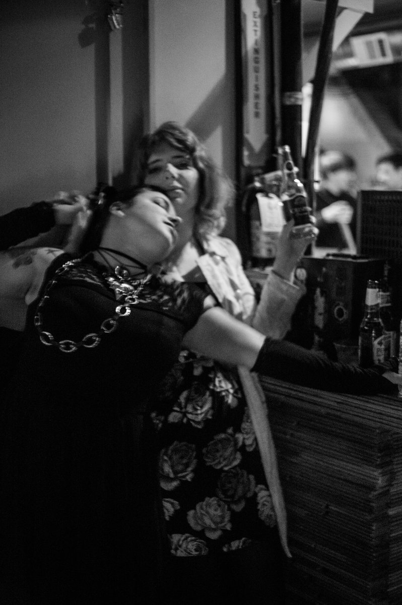 I dont remember what the venue was but shrubbette found some pictures from last years gdc and im reminded that black and white photography is dramatic