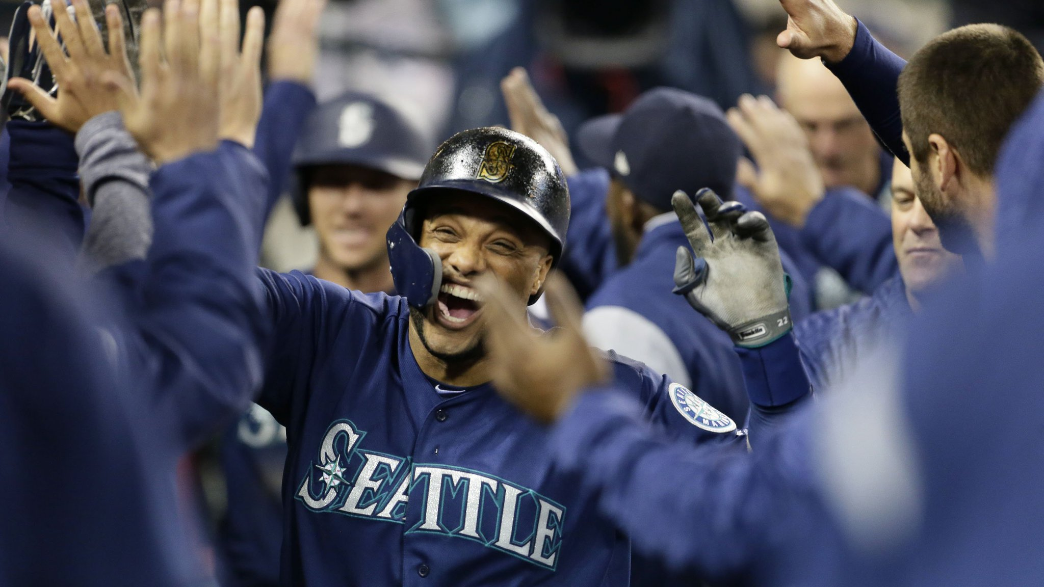Baseball brings us joy. https://t.co/PCi3u1AJ75