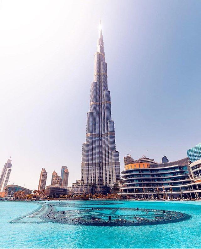 Instagram: The Burj Khalifa & @LensDistortions || Enhanced by @whereisdaniil #LensDistortions instagram.com/p/BitObx2F1xP/