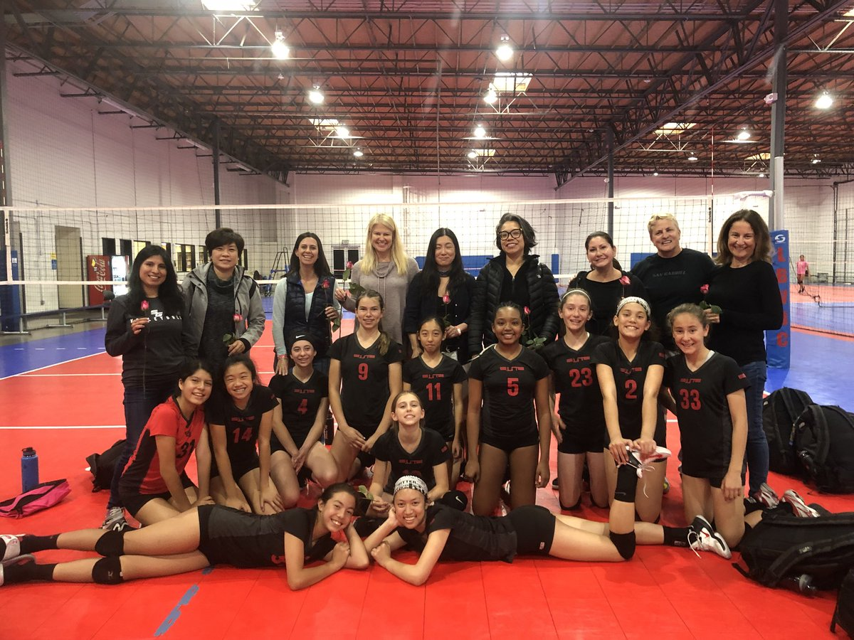 Sg Elite Vbc On Twitter 12 Rosh Surprised Their Mothers With Roses For Mother S Day Tomorrow After The 12 So Cal Championship Day 1 12 Rosh Won Their Bracket And Advances To