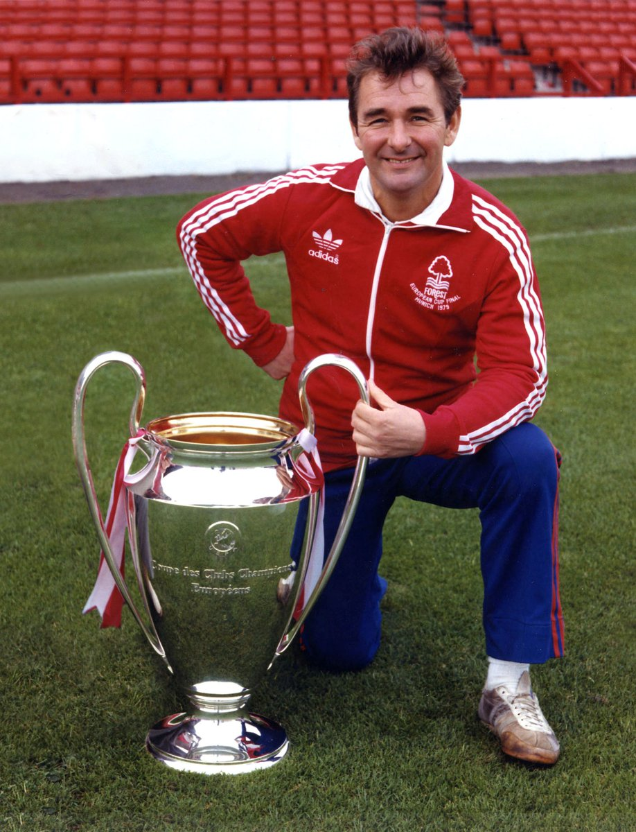 Legends achieve the unachievable. Legends are invincible. Legends are never forgotten.  From all at #NFFC, congratulations on your fantastic career with , Arsène 👏