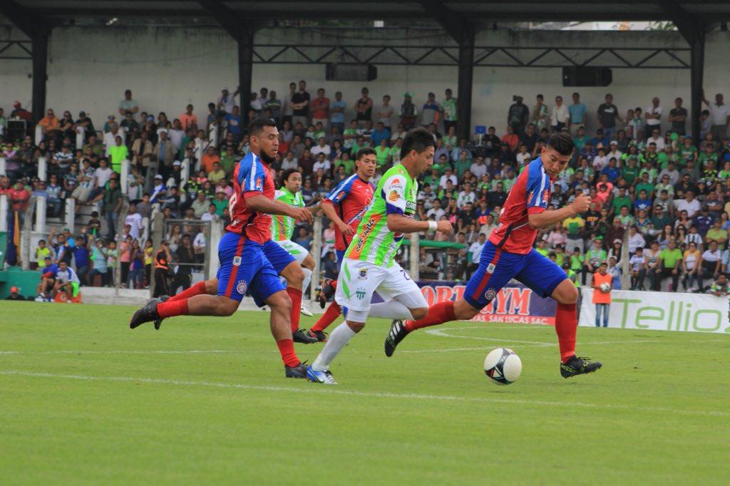 No puede Antigua GFC: el tiempo se agota y los goles no llegan. El campeón está cayendo eliminado. https://t.co/WVn1m9SWxU