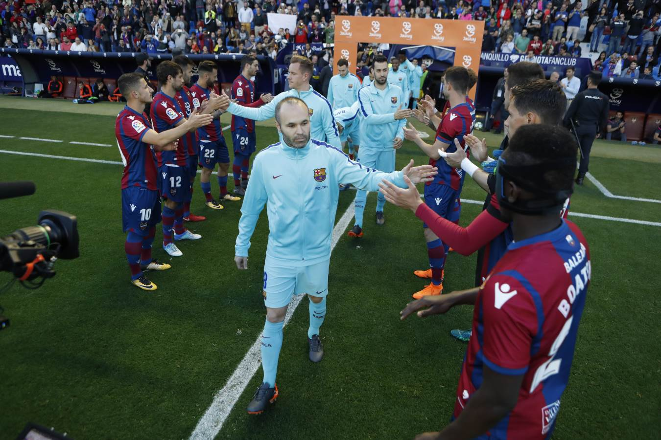 ���� Moltes gràcies, @LevanteUD #FairPlay https://t.co/a9xdgrG7Dj