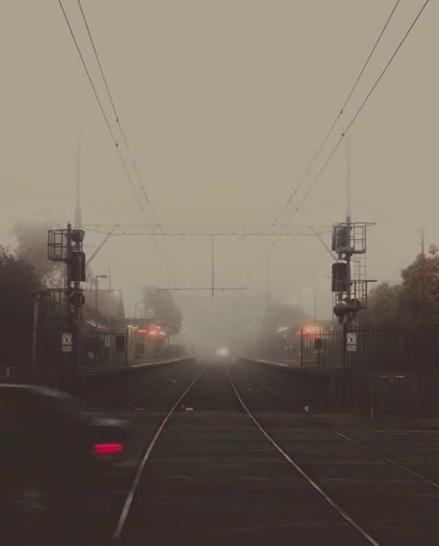 Digidirect australia digidirectau twitter foggy days in melbourne winter is coming picture by feernandobraga melbourne fog winter cold temperature mist haunting morning australia fandeluxe Images