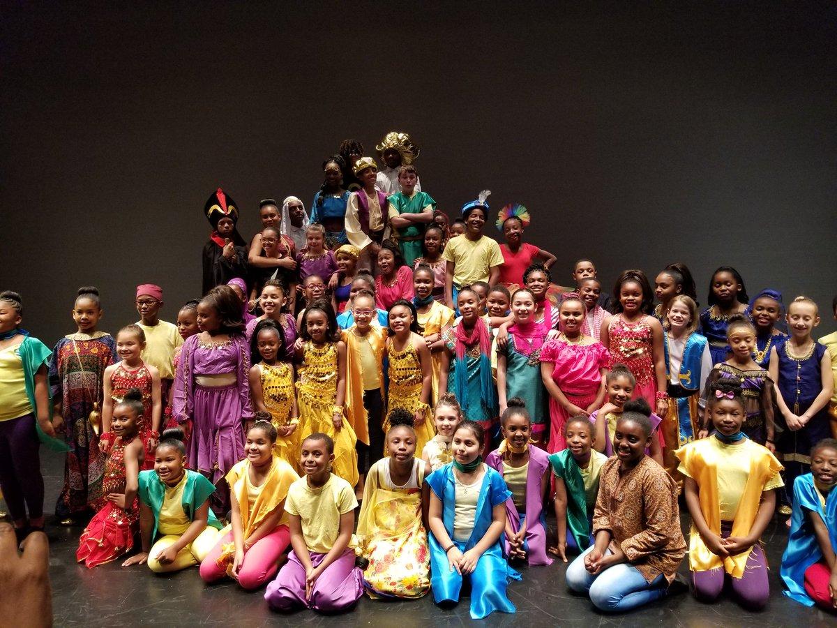 The cast of #AladdinJR @CentennialAtl