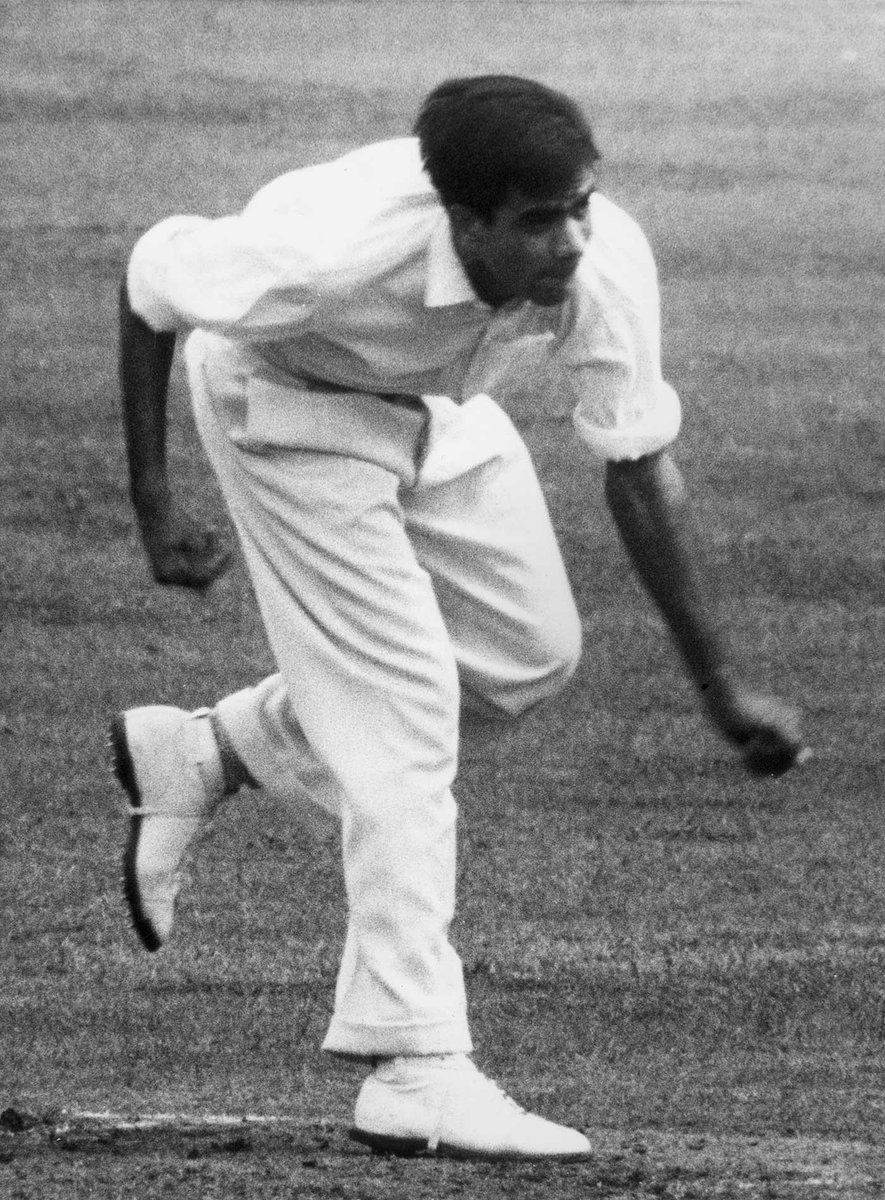 """Pakistan Cricket on Twitter: """"A left arm bowler with the ability to use flight as a weapon, a feisty batsman who opened for Pakistan as well as batted at number 11 in"""