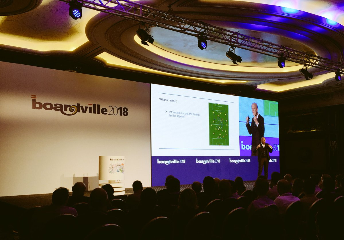 """Technology plays a crucial role when you have to make a decision"" - Pierluigi Collina at #BOARDVille2018 #BOARDVillebaveno<br>http://pic.twitter.com/kQQtMayj0N"