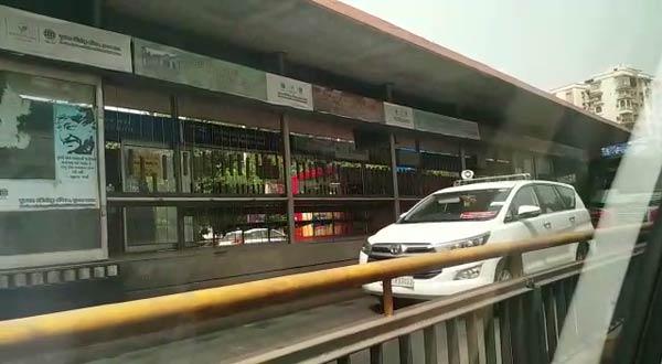 Video of Member of Parliament's car using dedicated BRTS lane in Ahmedabad goes viral