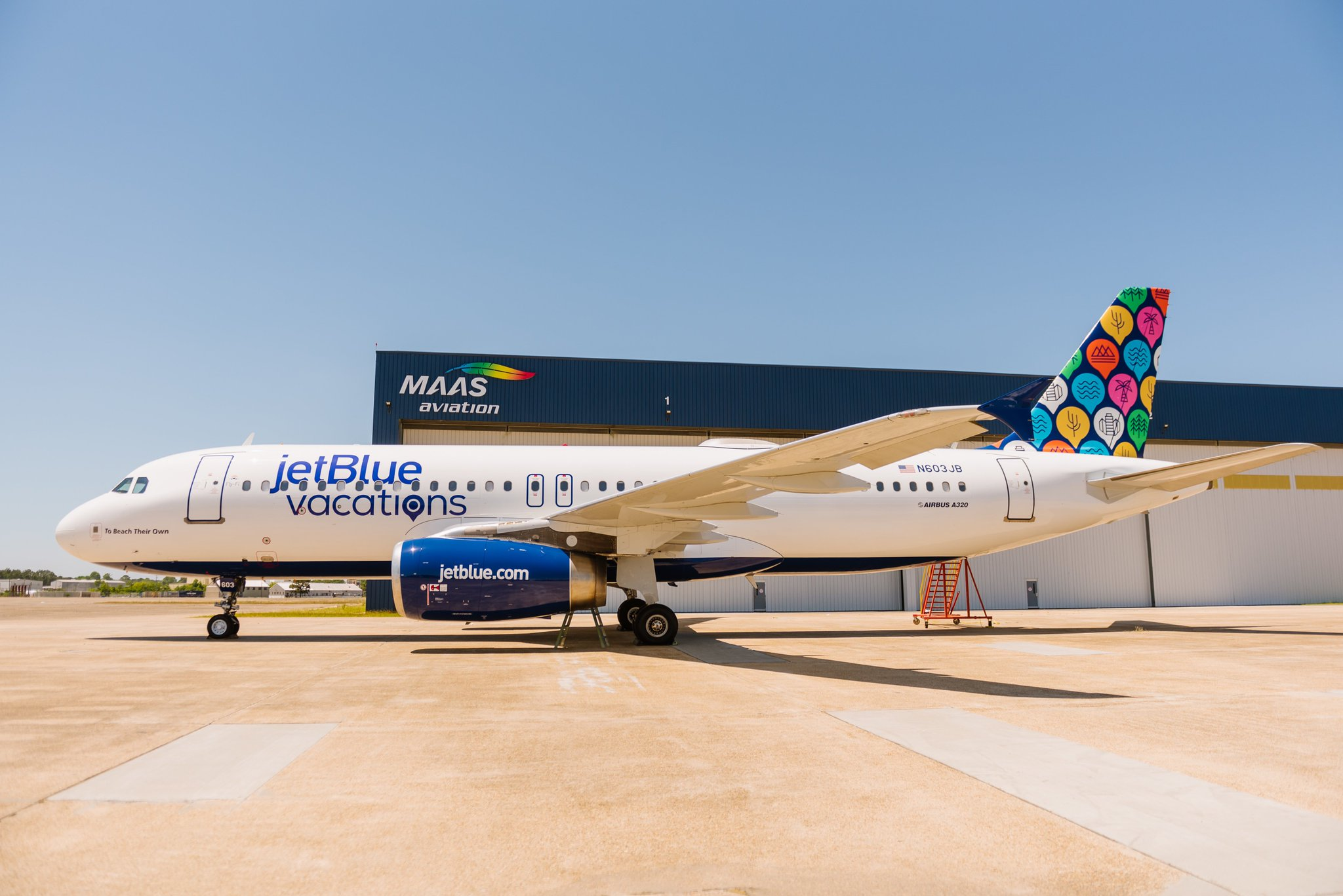 HelloJetBlue on Twitter Introducing our brandnew