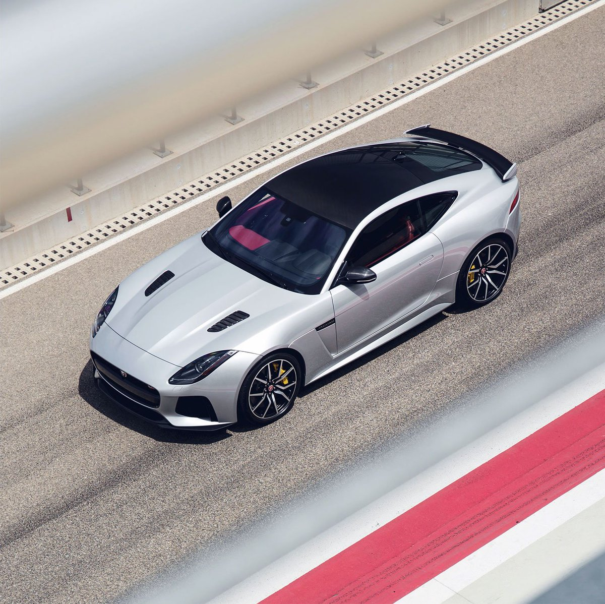 Body goals. #FTYPE #SVR The powerful shape and beautiful proportions of the F-TYPE reveal its heritage, the latest in the iconic Jaguar bloodline of high-performance sports cars. https://t.co/q0VWX5bYYK