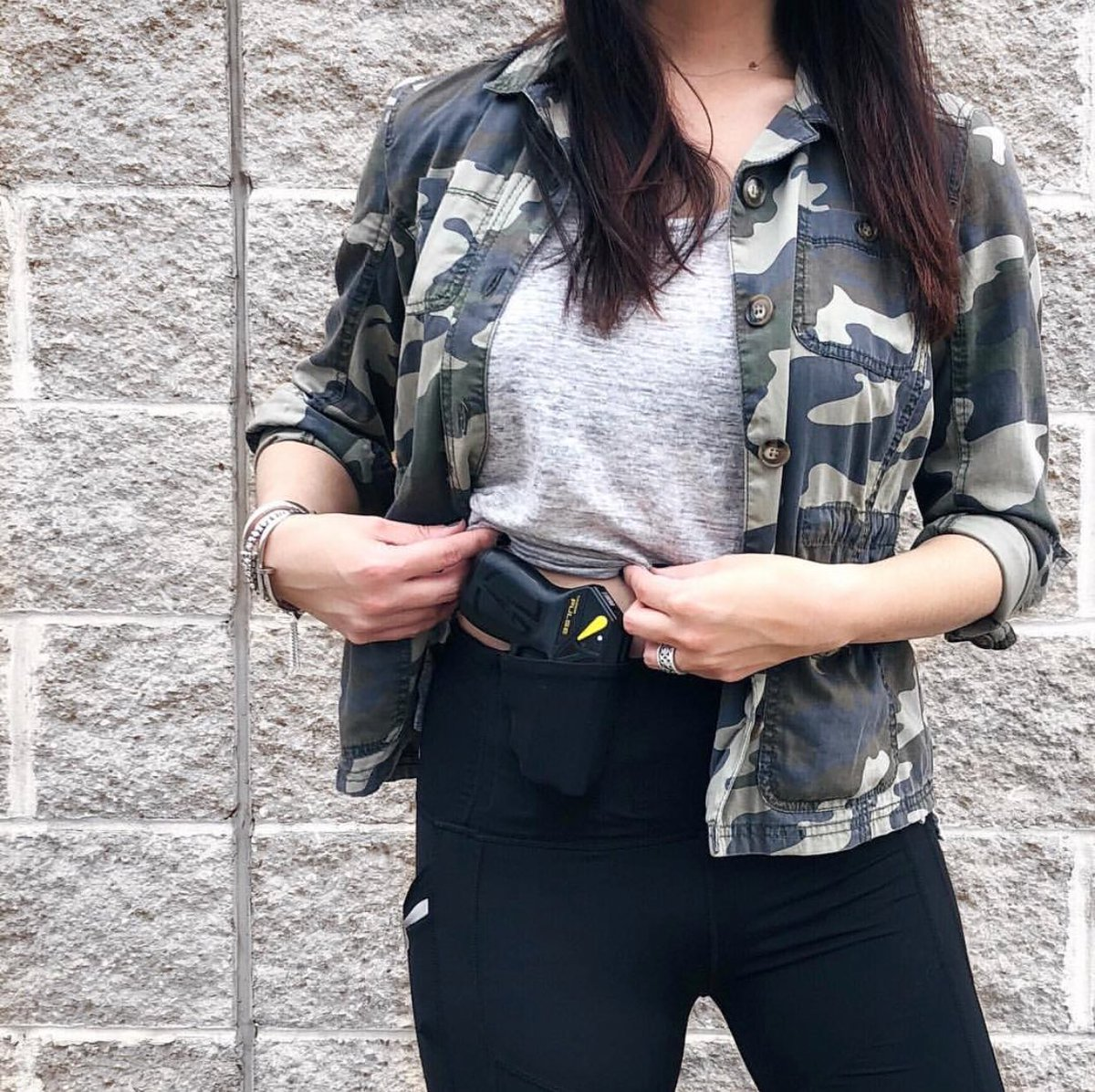 5e02419da14568 @StyleMeTactical shows us how her new Taser Defense taser fits perfectly in  her Alexo Signature Pant pocket. #yourpocketsyourchoice  #carrywithconfidence ...