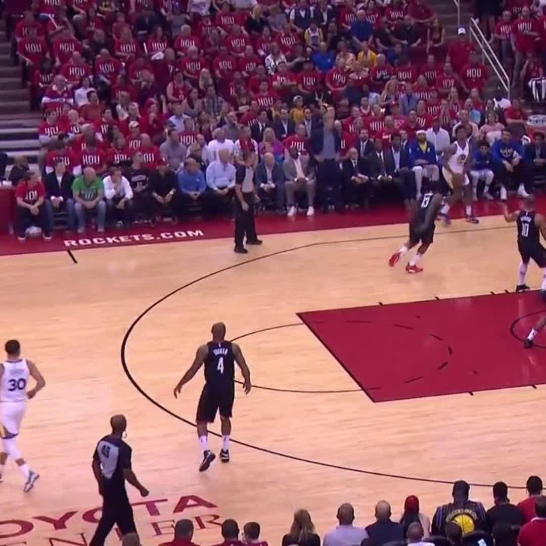 That Harden ➡️ Capela connection!   #NBAPlayoffs | #Rockets https://t.co/5SopRfVvcm