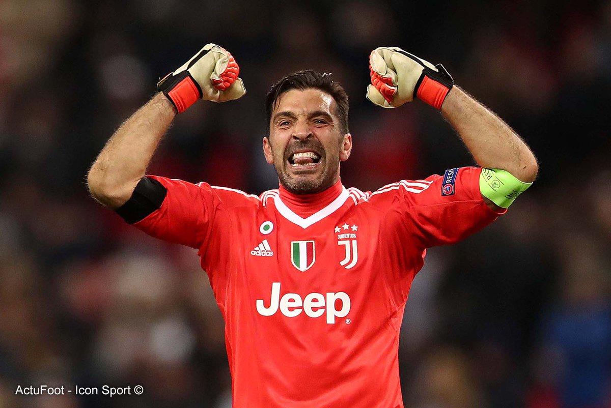La Juventus a annoncé que Gianluigi Buffon tiendra une conférence de presse jeudi matin.  Sans doute l'annonce de sa retraite. 😢 #Legend
