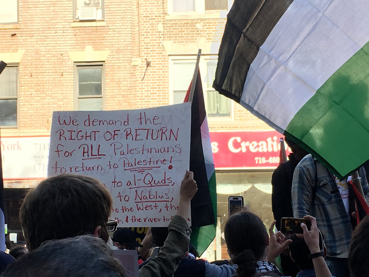 Bay Ridge is chanting free Palestine, long live #Gaza & families are telling stories of their homes before 1948