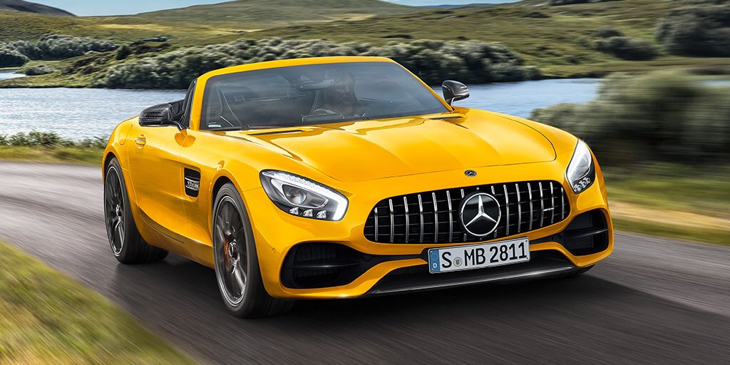 The AMG GT family welcomes a new member. Say hello to the new open-air AMG GTS Roadster. #AMG #GTS #Roadster https://t.co/dYKSmSNoL0
