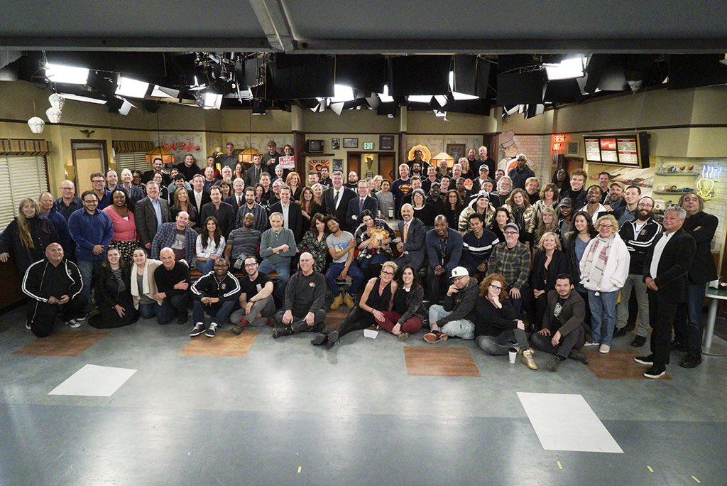 The series finale of #SuperiorDonuts is tonight, 9/8c on @CBS. Thanks to the amazing cast and crew, my friends @MazJobrani @KateySagal @RellBattle @dianeguerrero__ @jermaineFOWLER #JuddHirsch.  And thank you to our fans, watching and chatting every week. <br>http://pic.twitter.com/16EYYYBOpd