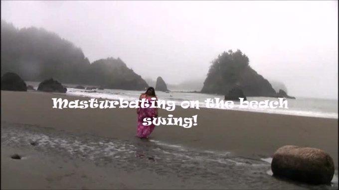 Masturbating on the beach swing by BellaBendz https://t.co/KYmXj8lN5K Find it on #ManyVids! https://t