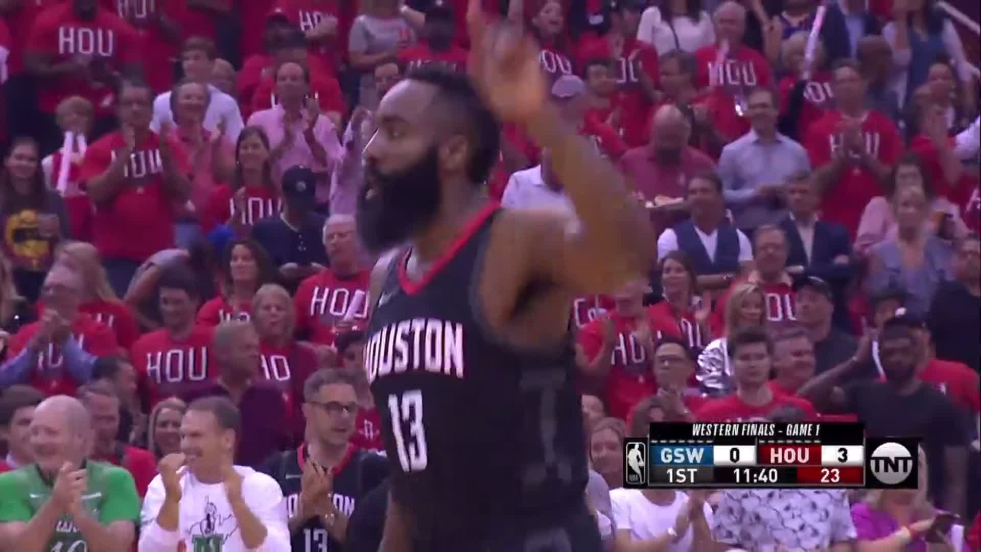Warriors left @JHarden13 all alone for his first ��  #NBAPlayoffs | #Rockets https://t.co/84fZ8sgMgI