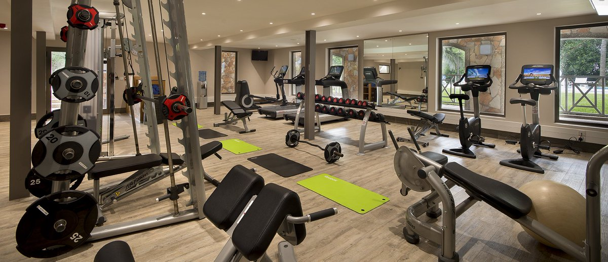 Active guests will enjoy a gym and fitness centre, as well as lawn tennis and volleyball. https://t.co/7tJsewNfE2