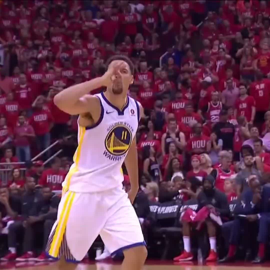 .@KlayThompson lettin' em know this is what he does ��  #NBAPlayoffs | #DubNation https://t.co/enOYTq2MFT