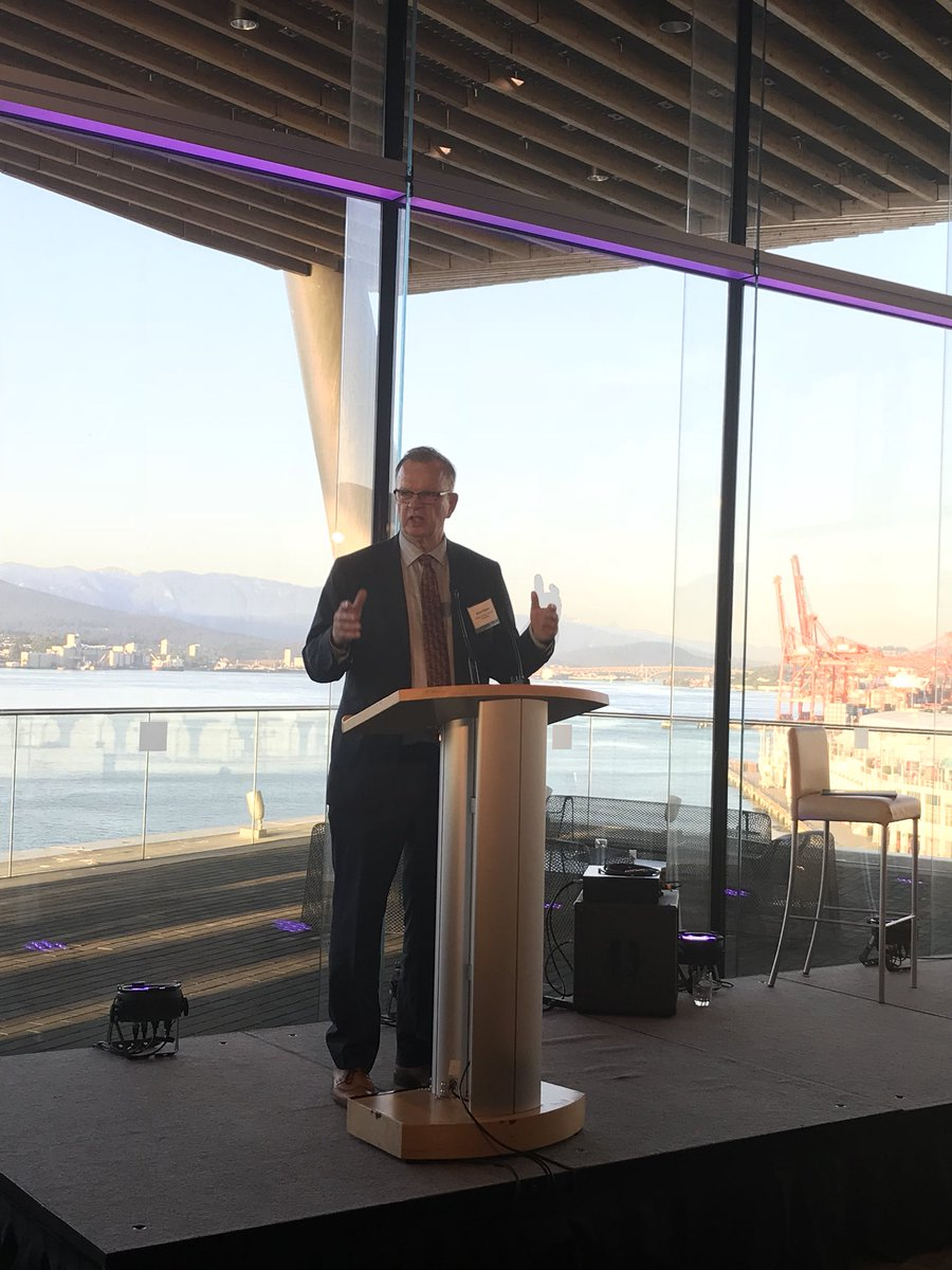 I was thrilled tonight to announce the board of Innovate BC — a group of exceptional individuals who will help guide &amp; promote tech sector growth, generating good jobs in the emerging economy, increased revenue &amp; economic development across BC. #bctech  http:// ow.ly/2NDM30jZVcU  &nbsp;  <br>http://pic.twitter.com/o30H8yTyD7