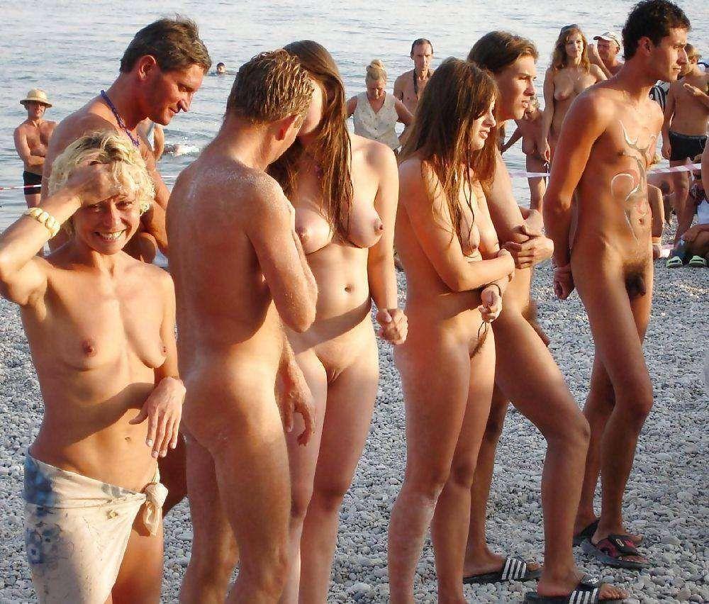 Round booty easons nude xxx