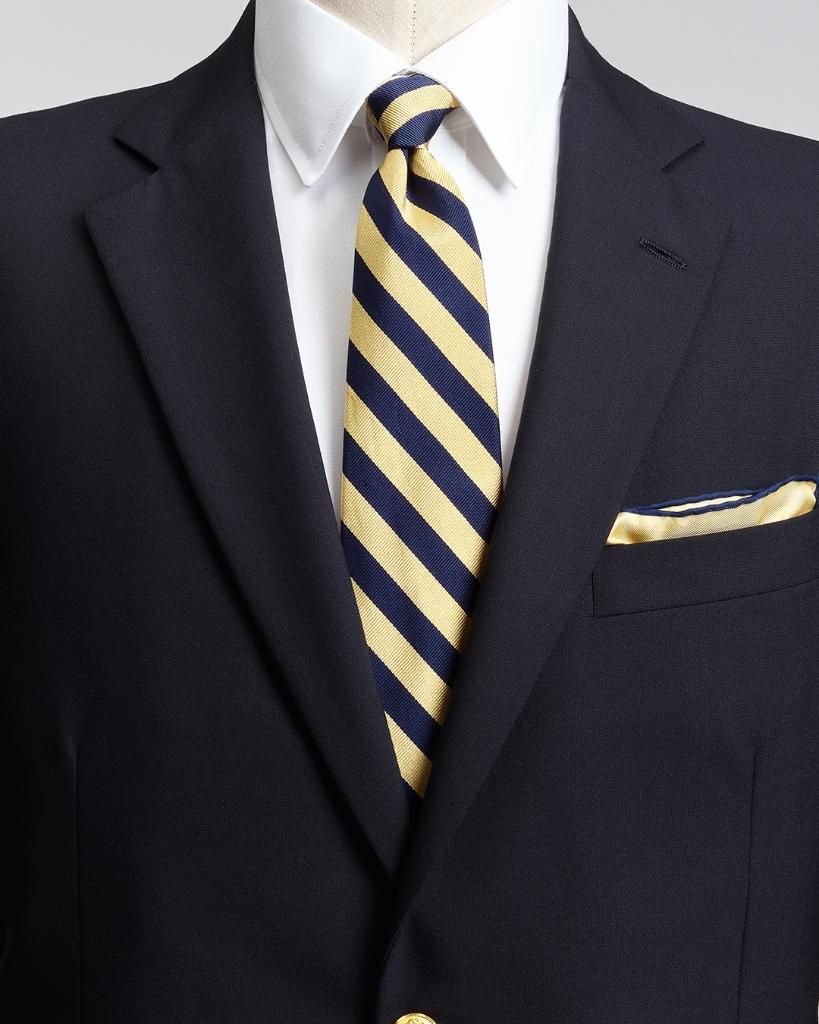 """Are you true blue"""" Today on our online magazine, the story of how the Brooks Navy Blazer came to be: https://t.co/E99nFsvc6Q https://t.co/38u6xjvxV7"""