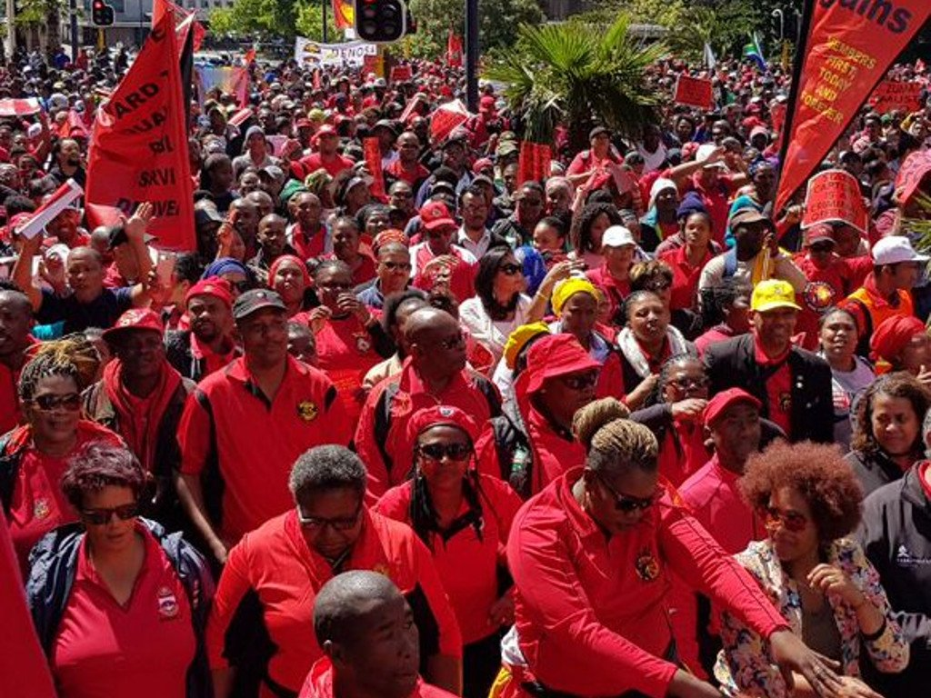 #NorthernCape Speaker not dealing decisively with corruption. https://t.co/gA5wjzn8i8 #Nehawu #corruption