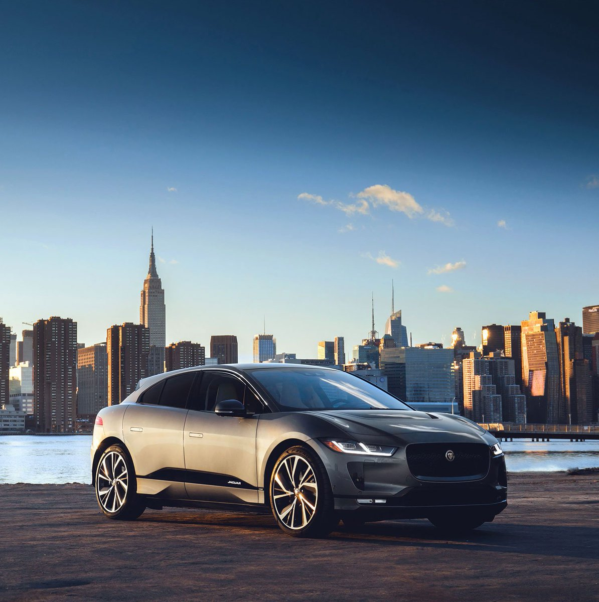 Exhilaration is now rechargeable. Roar silently with the New all-electric #Jaguar #IPACE. https://t.co/43b4ytwiYb
