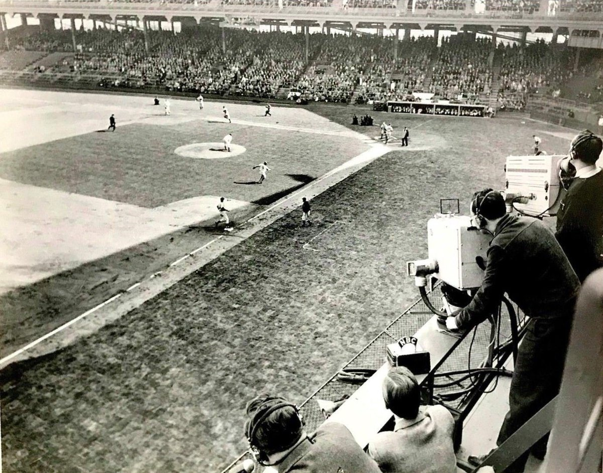 In 1939 NBC Broadcast The First MLB Game And 1941 They Would Start Broadcasting On Commercial TV A Slot For 20 Seconds Cost Around