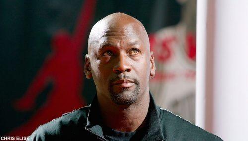 Netflix et ESPN annoncent la sortie du documentaire de 10 heures sur Michael Jordan https://t.co/fKoZJEv2Yh https://t.co/FYD7TPMRIp