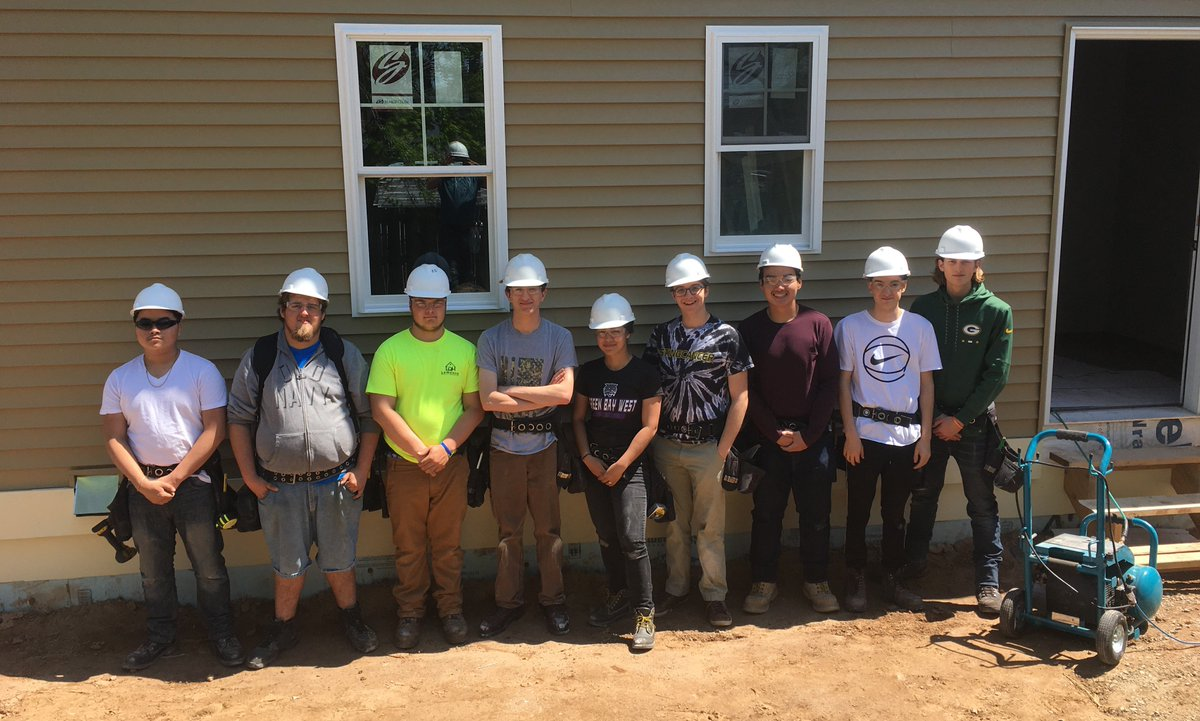 Greenbayschools on twitter congrats to our students in the bridges for construction education research nccer certification they learned about safety power tools blueprint reading employability skills more malvernweather Images