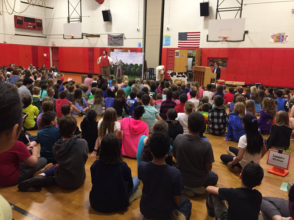 We had a great visit from the Tri-Cities Opera today! The performed a great version of Jack and the Beanstalk