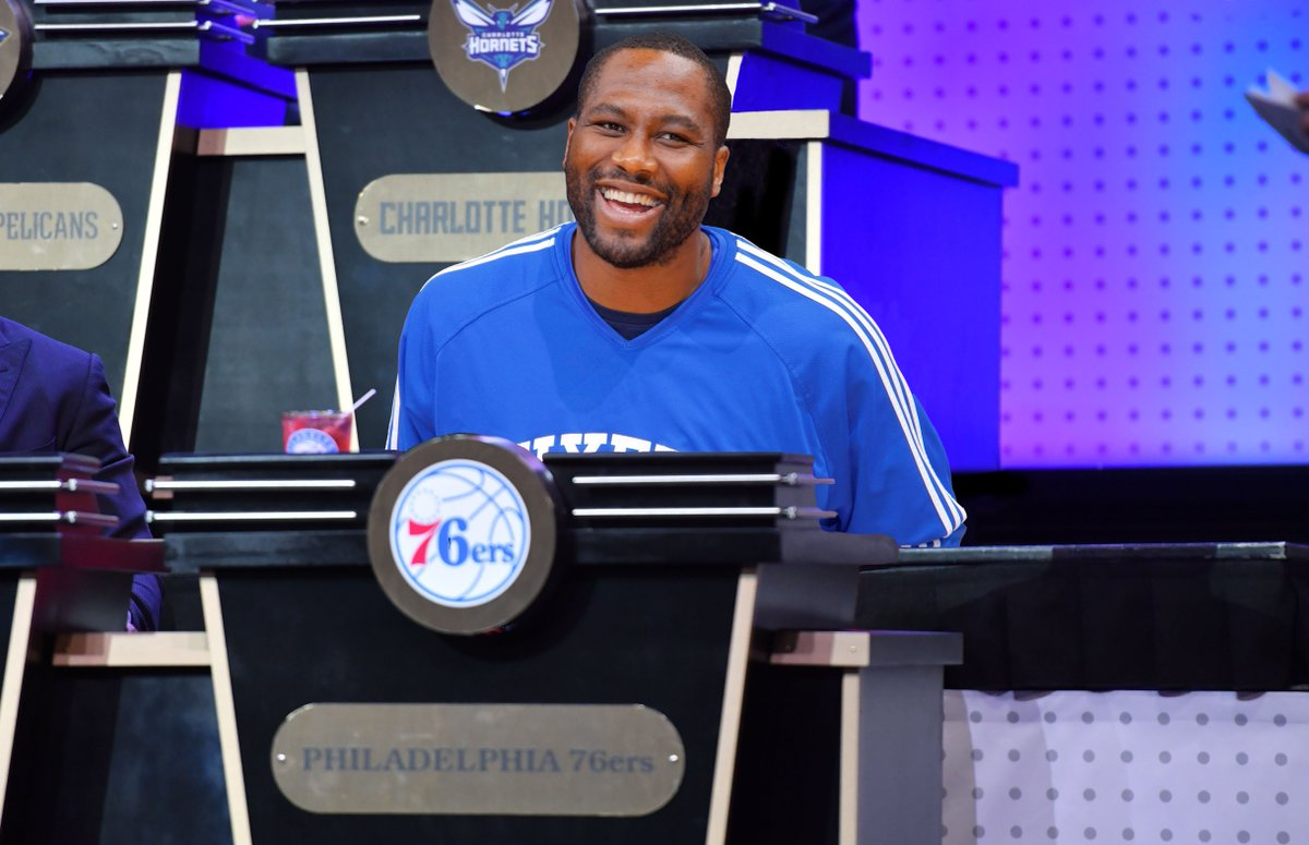 Elton Brand is holding it down for us in Chicago and everything else you need to know about the #NBADraftLottery. 🔜⚪️ | sixe.rs/v1p8