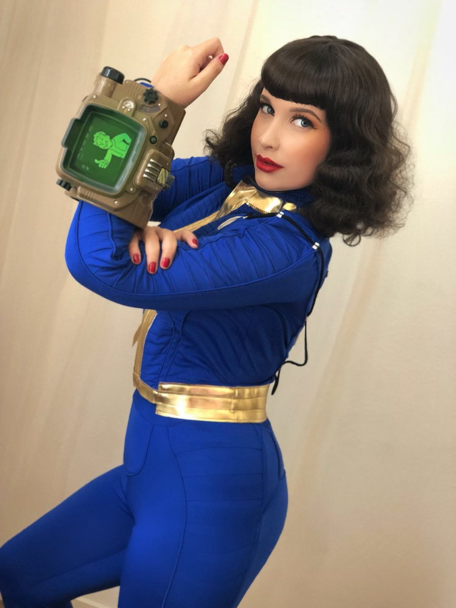 VAULT GIRLS CAN DO IT! Cc: @Fallout https://t.co/Ovm02F9Mo2