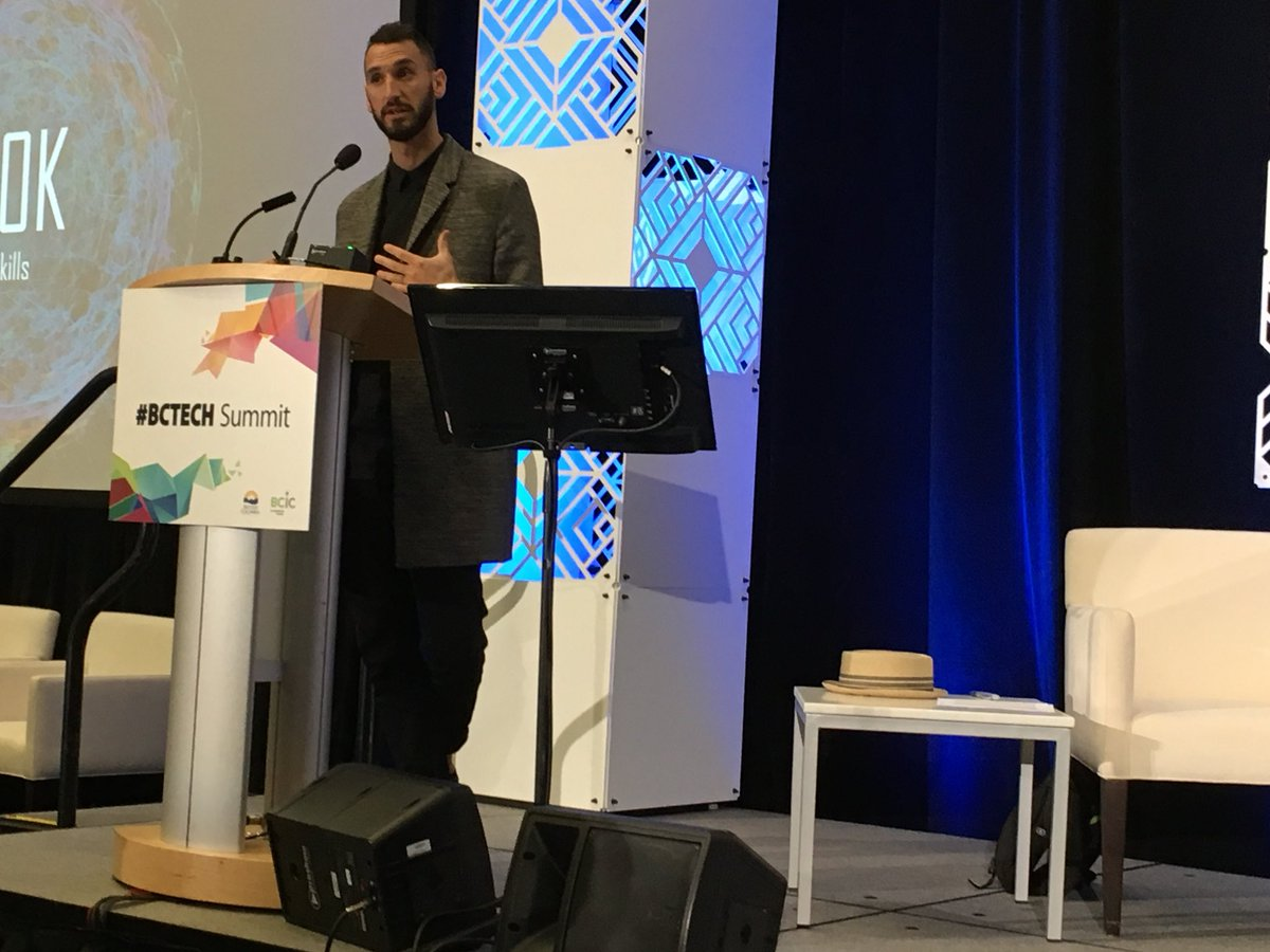 How do we close the skills gap in BC?Jake Hirsh-Allen @ #BCTECH Summit on using @LinkedIn Economic Graph to connect people to jobs. #futureofwork <br>http://pic.twitter.com/ds6o1a7t0E