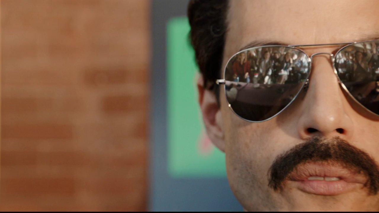 Rami Malek IS Freddie Mercury in this trailer for the Queen biopic, Bohemian Rhapsody. ��  https://t.co/LUk6JI9vdk https://t.co/XGjq1aMyU8