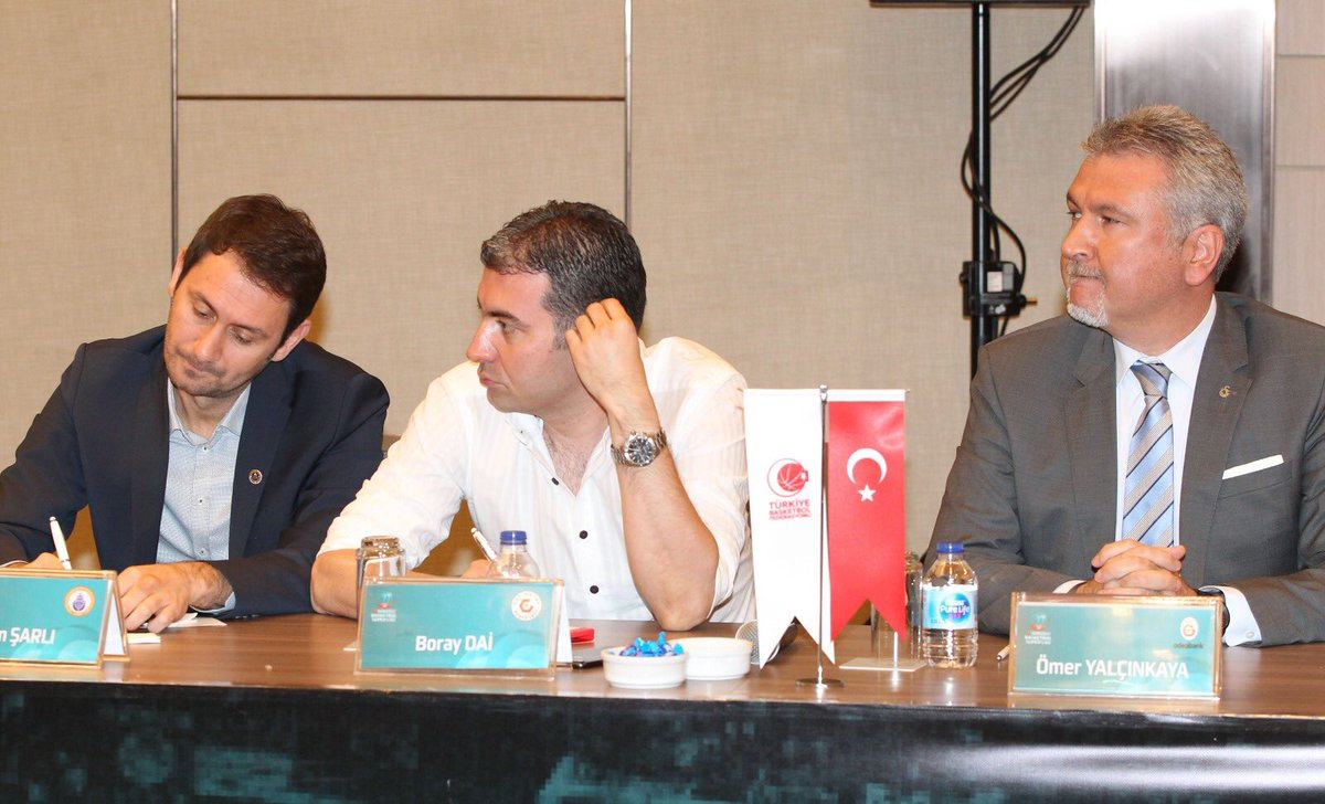 Tahincioğlu Basketbol Süper Ligi lig kurulu toplantısı düzenlendi galatasaray.org/haber/basketbo…