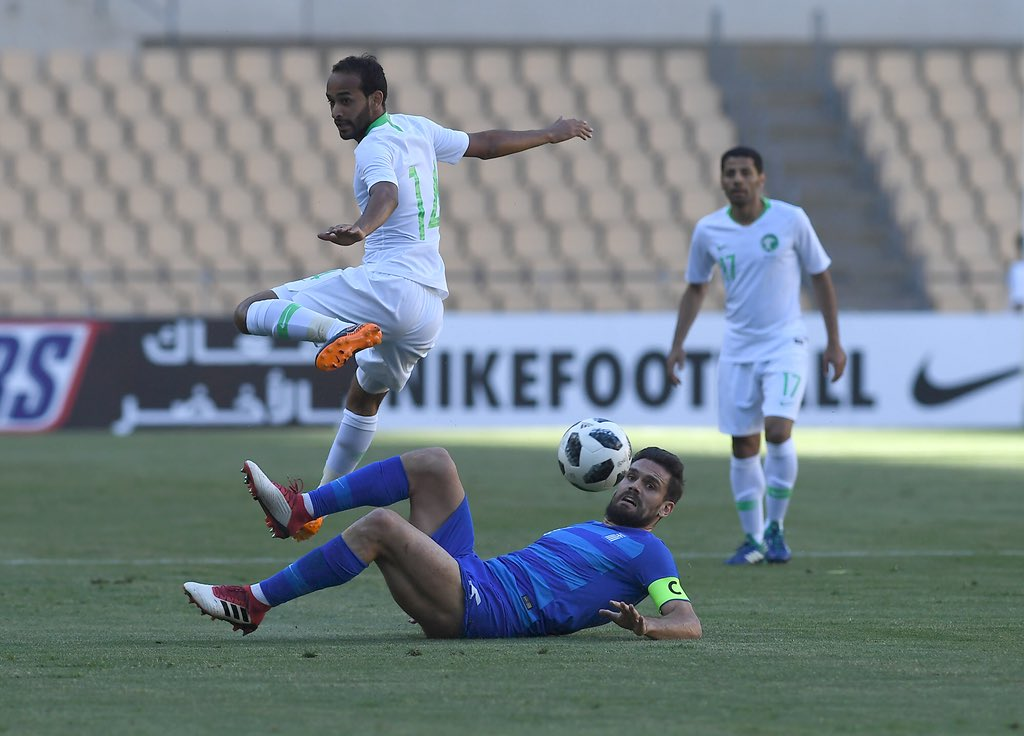 السعودية تهزم اليونان بثنائية المباراة