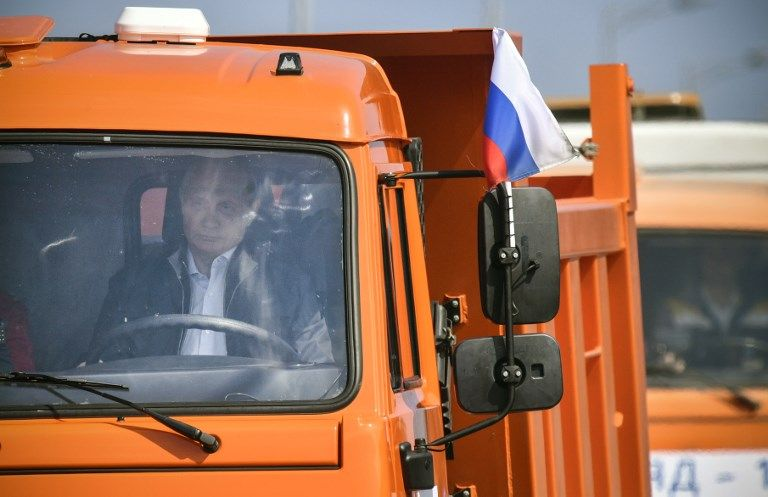 Today, Vladimir Putin drove a truck over a new bridge connecting Russia to occupied Crimea. Putin says plans to construct such a bridge were made by Russian tsars, but didn't mention its two major historical champions: Joseph Stalin and Adolf Hitler. https://t.co/4qiuqn8JeU